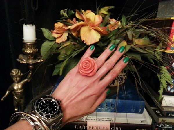 05_yuriAhn_fashion_editor_swide_love_neon_colour_theStylistme