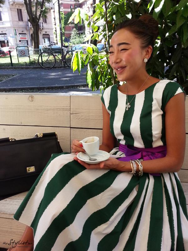 01_yuriAhn_theStylistme_wearing_dolce_and_gabbana_Sicilian_folk_SS13_stripe