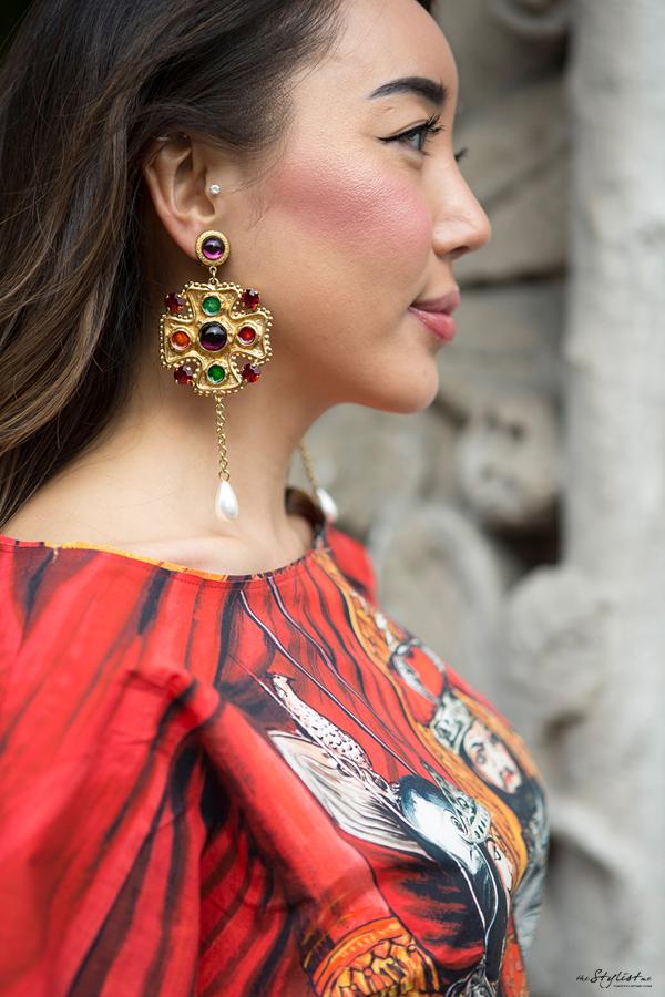 06-yuriAhn-theStylistme-wearing-dolce-and-gabbana-sicilian-folk-created-own-styling