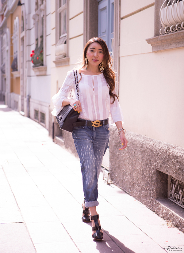 05-YuriAhn-theStylistme-wearing-boyfriend-denim-bit-romantic-mood-created-own-styling