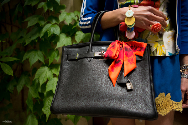07_yuriAhn_theStylistme_sporty_chic_flower_print_dolce_and_gabbana_styling_tips