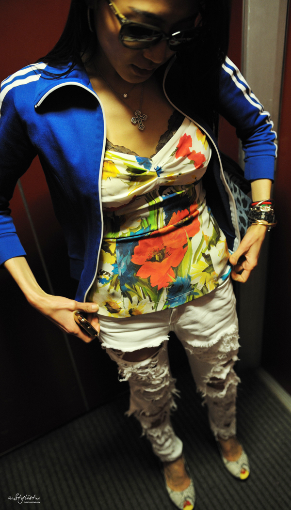 09-YuriAhn-theStylistme-sportswear-luxe-mix-flower-print-dolce-and-gabbana