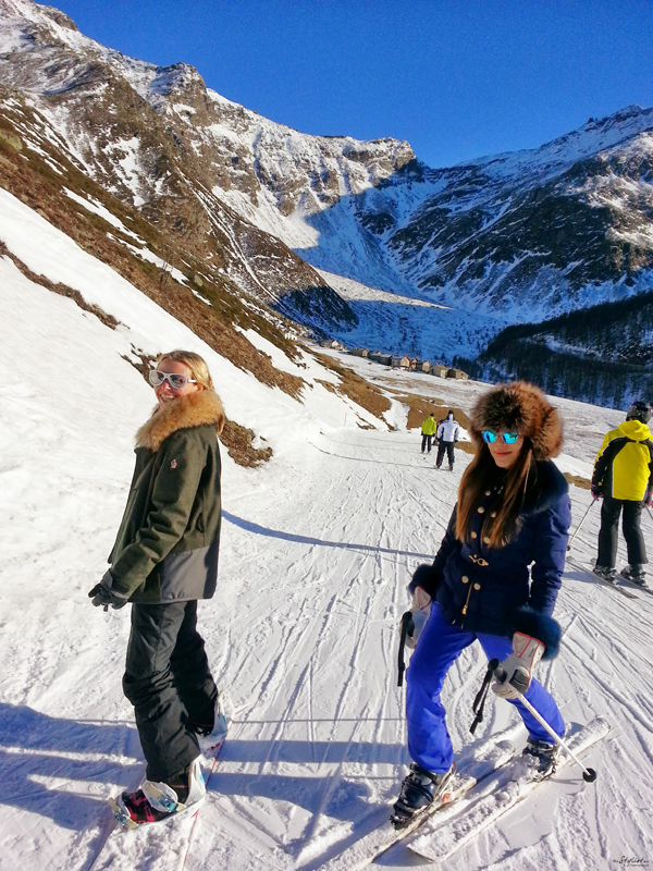 06-YuriAhn-theStylistme-shares-fashionable-ski-wear-for-holiday-in-the-snow