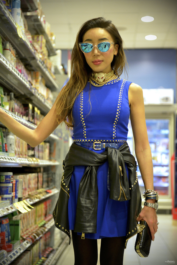 07_YuriAhn_theStylistme_rock_chic_look_with_electric_blue_dress_with_studs_matching_with_studded_biker_jacket_Versace_Versus