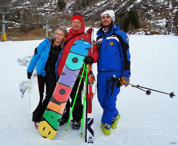 18-YuriAhn-theStylistme-shares-fashionable-ski-wear-for-holiday-in-the-snow