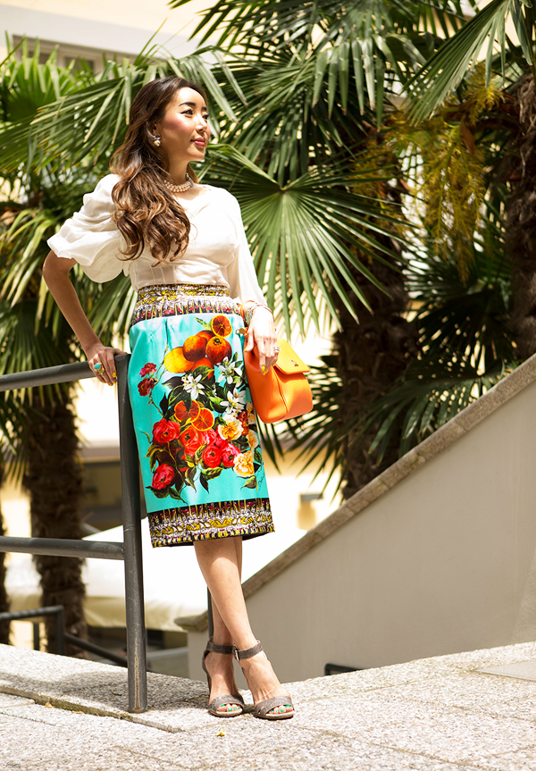 02-YuriAhn-theStylistme-love-sicilian-ispired-flowers-fruits-dolce-and-gabbana-foulard