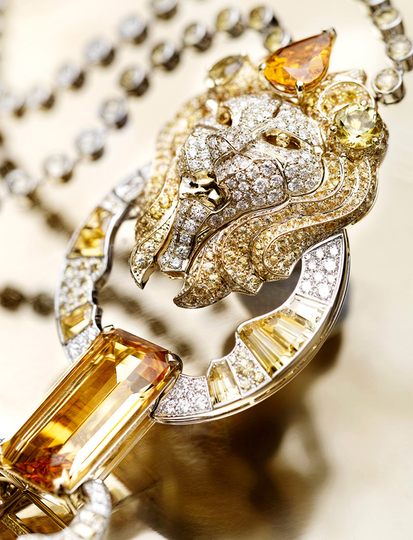 05-Lion-jewelry-of-CHANEL-Solaire-Necklace