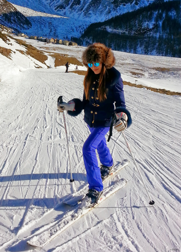 19_YuriAhn-theStylistme-shares-fashionable-ski-wear-for-holiday-in-the-snow