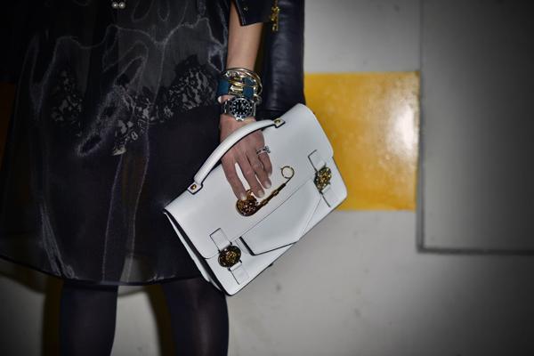 04-YuriAhn-theStylistme-pretty-in-punk-mfw-Versus-Dolce&Gabbana