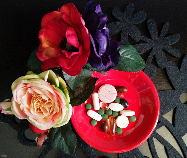 12-YuriAhn-theStyliatme-vitamins