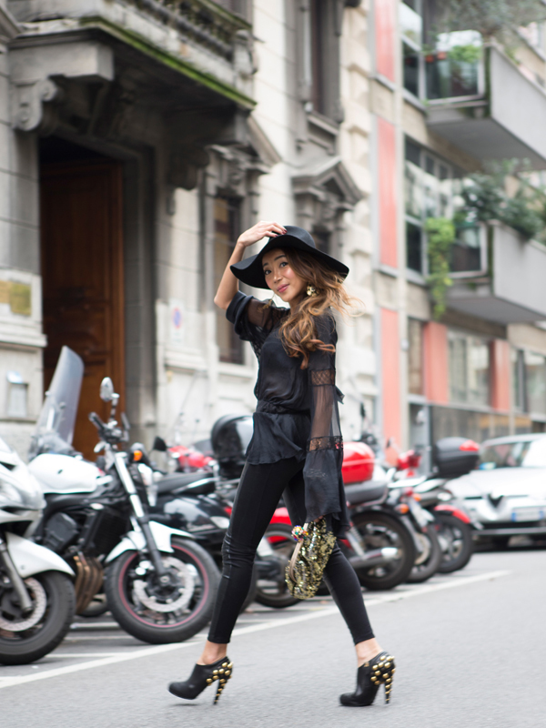 32-YuriAhn-theStylistme-total-black-look